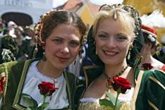 Праздник Пятилепестковой розы в Чехии