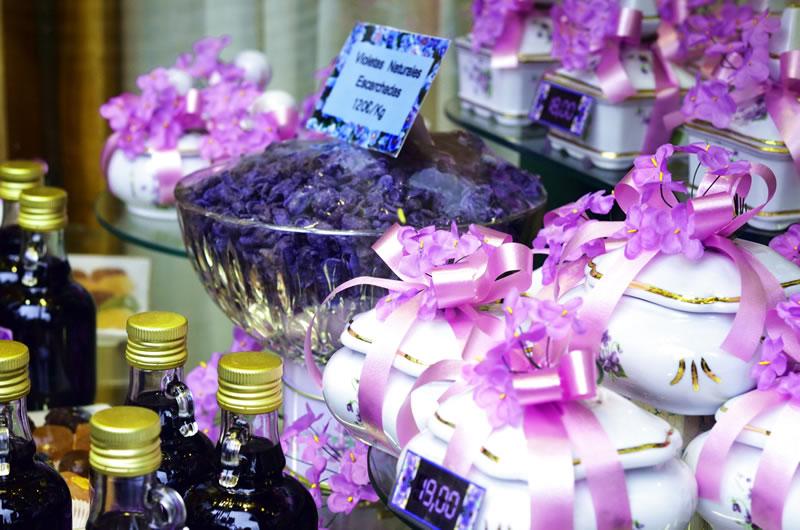 Магазин конфет из фиалок в Мадриде