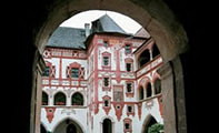 Замок Трацберг в Тироле