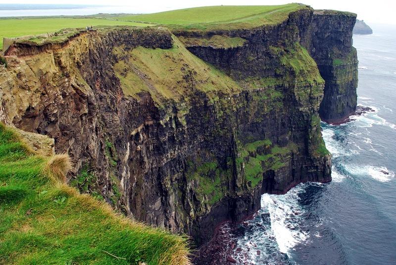 Впечатляющие скалы Мохер (Ирландия)