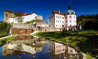 Замок Бечов над Теплой в Чехии
