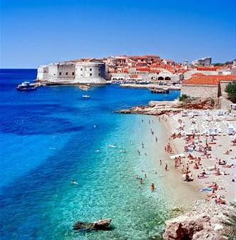 Пляж Банье в Дубровнике