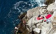 Скальный пляж Бужа в Дубровнике