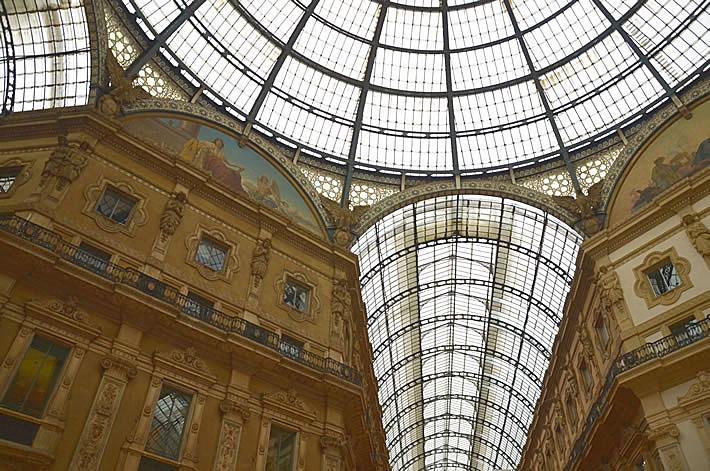 Галерея Витторио Эммануила в Милане