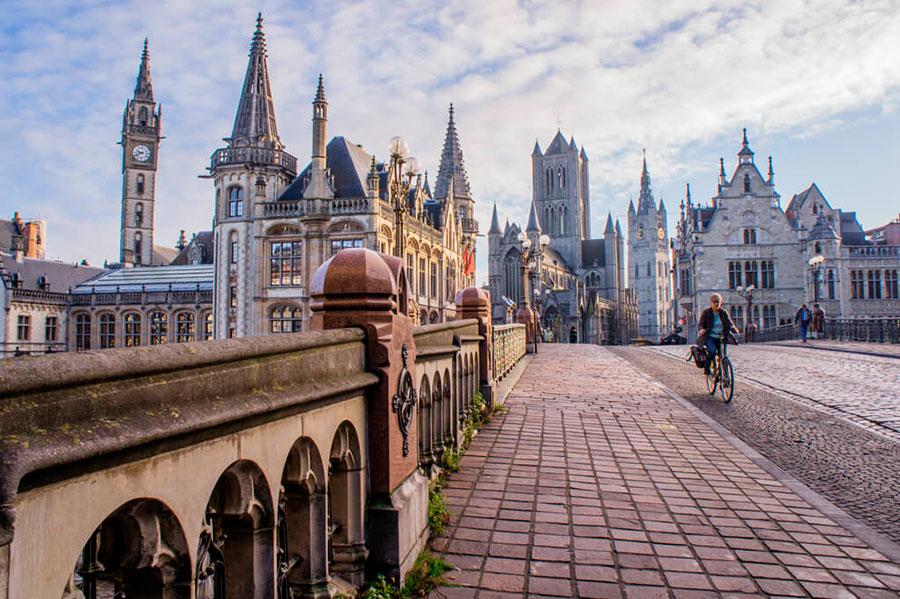 Лучшая экскурсия в Генте — обзорная по городуЛучшая экскурсия в Генте — обзорная по городу