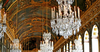 Как добраться в Версаль: на поезде (RER) / автобусе из Парижа